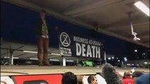 Varios detenidos en una protesta de Extinction Rebellion en el metro de Londres