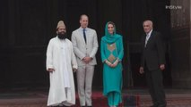 Kate Middleton and Prince William Visit a Pakistani Mosque