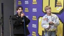 "[IDOL RADIO] 디원스 우진영&박우담이 부르는 ""만세 ""♬♪"