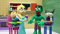 Princesa Elsa miniatura por un error de Hulk  Dibujos Animados Infantiles Play Doh Stop Motion
