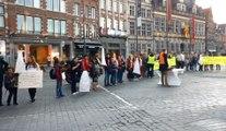 Les marcheurs se sont réunis sur la Grand-Place de Tournai