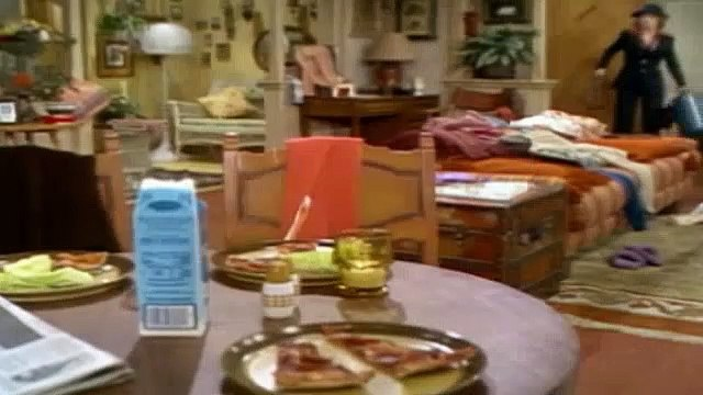 One Day at a Time Season 3 Episode 22 Julie's Big Move Pt1