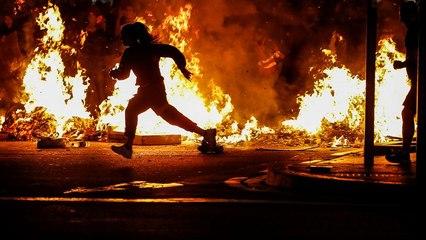 İspanya'da Katalan siyasetçilere verilen cezalara tepki büyüyor: Barselona savaş alanına döndü