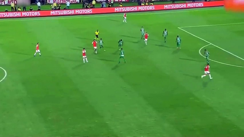 La passe aveugle incroyable de Ronaldinho avec Santa Fe en amical