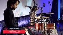 BB Brunes joue Lalalove you en direct sur Europe 1