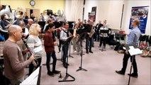 Une quarantaine de musiciens de l'Aire urbaine ont répété en vue de la manifestation de soutien à General Electric