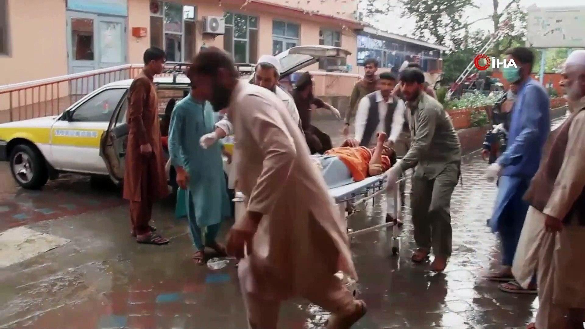 - Afganistan'daki Patlamada Ölü Sayısı 69'a Yükseldi- Arama Çalışmaları Sürüyor