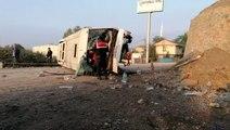 İşçileri taşıyan midibüs kaza yaptı: 1'i ağır 6 yaralı