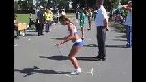 Elle bat le record du monde de corde à sauter et c'est impressionnant