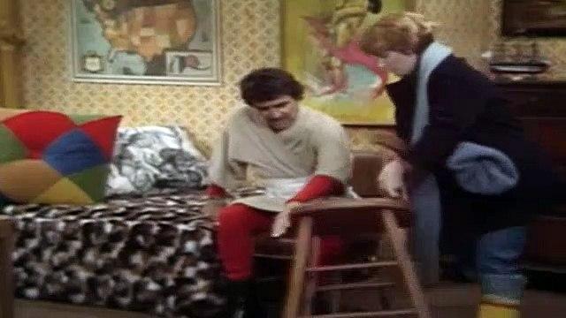 One Day at a Time Season 4 Episode 5 Schneider's Helper