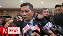 """""""Desperate"""" parties trying to form back-door government, says Azmin"""