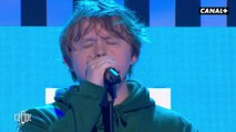 "Lewis Capaldi en live avec ""Someone You Loved"" - Clique - CANAL+"