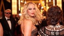Jennifer Lawrence a loué une chambre d'hôtel rien que pour sa robe de mariée