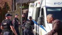 Ora News - Dyshohet se vrau kushëririn e tij, mbërrin në gjykatë Marash Arraj