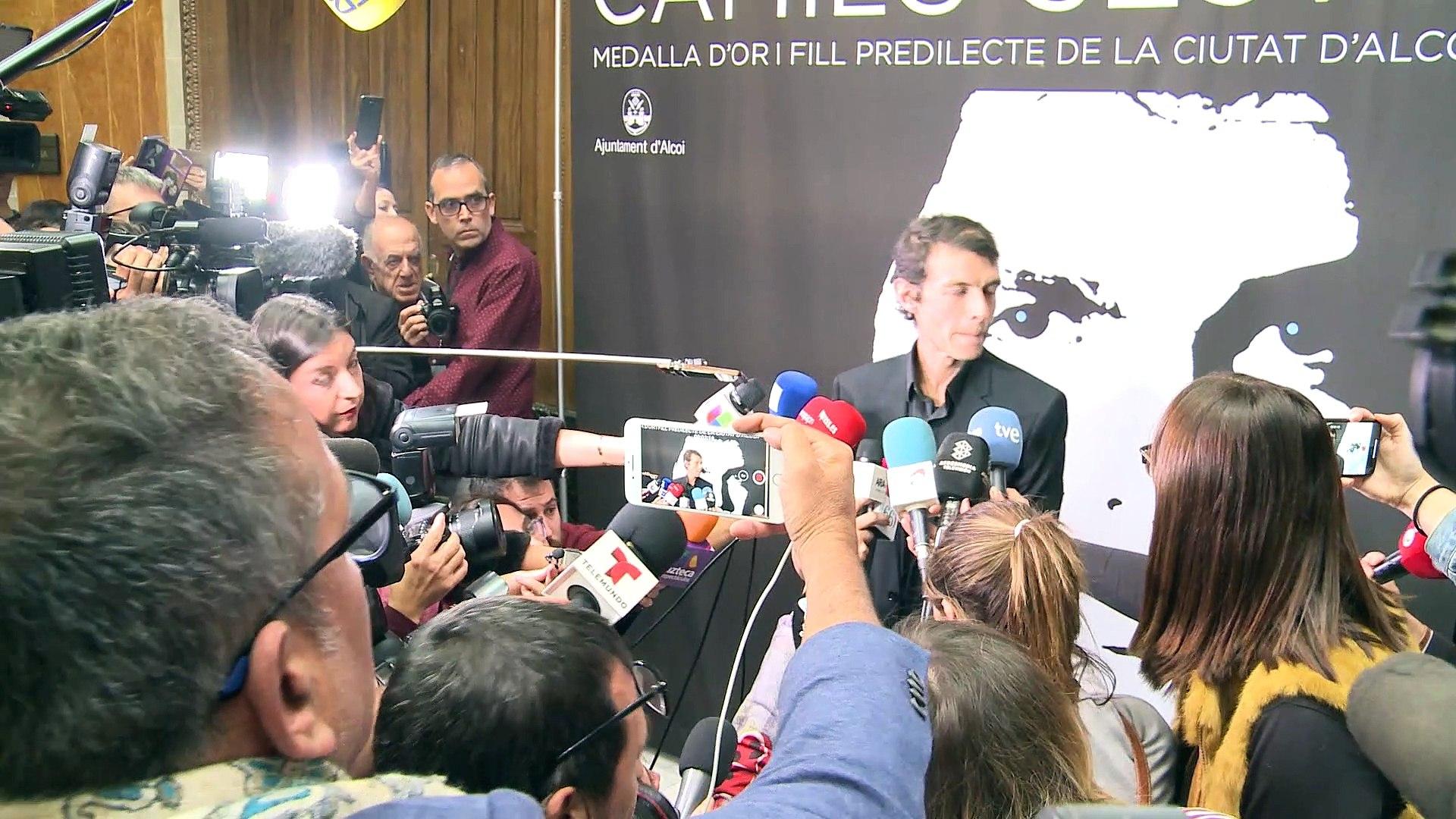 El hijo de Camilo Sesto se despide de su padre en Alcoy
