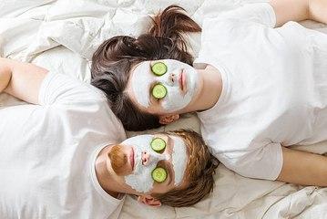 Die besten Zutaten für eine selbstgemachte Maske.