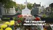Un mois après, la tombe de Chirac attire les foules... et les pommes