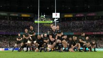 England humble New Zealand to reach final