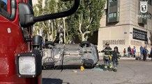 Un vehículo vuelca en Retiro tras una aparatosa colisión