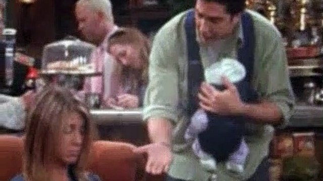 Friends S09E03 The One With The Pediatrician