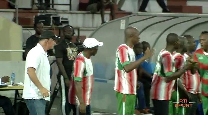 Football | Africa Sports 1er match 1ère défaite