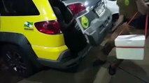 Homem tenta enganar seguranças com sacolinha de mercado e é detido furtando carne