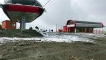 Cıbıltepe Kayak Merkezi'ne mevsimin ilk karı yağdı - KARS