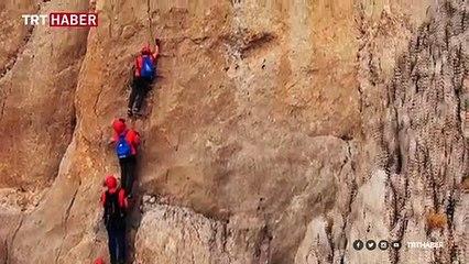 """Erzincan'da """"Via Ferrata"""" parkuru ile sarp kayalıklara tırmanış"""