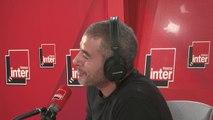 """Vincent Dedienne de retour dans le studio de la matinale d'Inter : """"J'ai une petite tendresse de revoir Dominique Seux, quand il dit """"mon petit doigt me dit"""". C'est marrant, ça me refout le trac d'être là."""""""