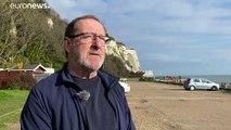 Sur la Manche, de plus en plus de migrants risquent leur vie pour rejoindre le Royaume-Uni