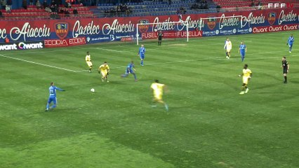 J21 - le résumé vidéo de la rencontre Gazélec FC Ajaccio / Bourg en Bresse (1-1)