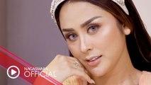 Selvi Kitty - Panggil Aku Cantik (Official Music Video NAGASWARA) #music