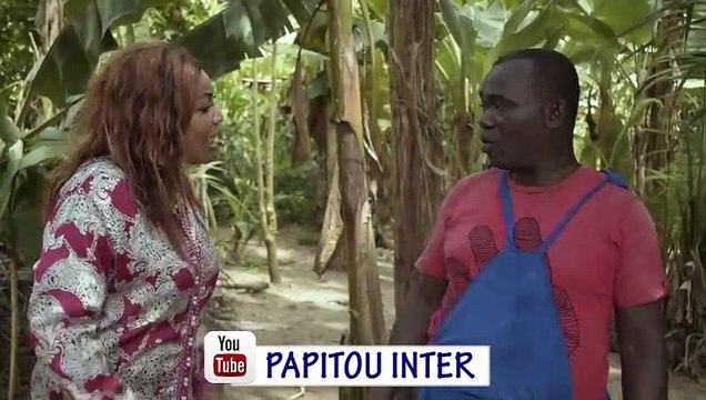 PAPITOU SHOW-il me fait travailler feat Petit Koffi