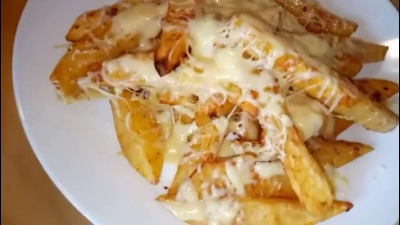 Tasty Food with Potatoes and Cheese! light lunch. /أكلات سريعة و خفيفة للعشاء