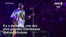 """Perdre sa voix fut """"le moment le plus sombre"""" de la vie de Shakira"""