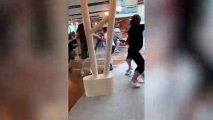 Cómo ignorar la peligrosa realidad de fuera dentro de un crucero