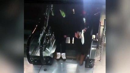 Lo que pasó en estas escaleras mecánicas te dejará loco