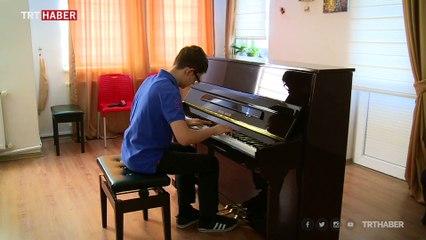 13 yaşındaki piyanist 3 ayda 3 kıtada konser verdi