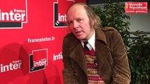 """VIDEO. Poitiers : Philippe Katerine tout en """"Confessions"""""""