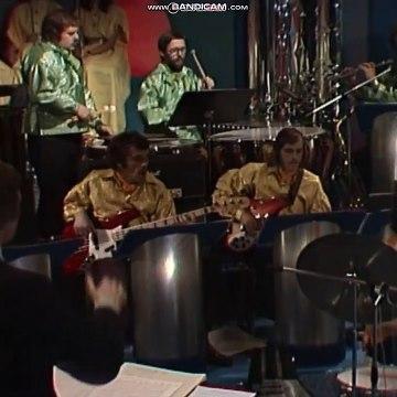 Inger Lise Rypdal & Jahn Teigen - Voodoo | Melodi Grand Prix 1976 | NRK