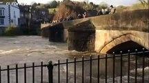 Las inundaciones en Inglaterra se cobran la vida de una mujer