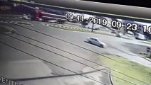 Câmera flagra grave acidente na BR-277 perto do viaduto da Carelli; carro chegou a capotar