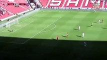 Samsun'da futbolcular maç oynanırken saygı duruşunda bulundu