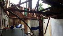 Telhado é destruído por temporal e família precisa de ajuda