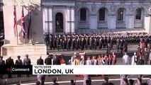 ویدئو؛ ملکه بریتانیا یاد قربانیان جنگ جهانی اول را گرامی داشت