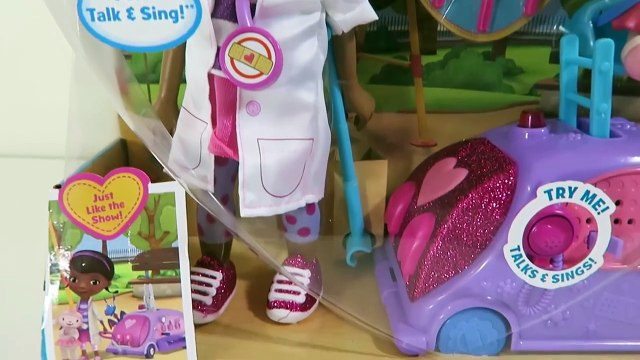 Doc McStuffins Walk 'N Talk Doc Mobile Doll Playset with Sing-A-Long Songs-