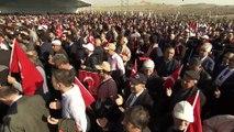 Diyanet İşleri Başkanı Ali Erbaş, fidan dikimi etkinliğinde dua etti