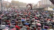 Pensionistas se concentran en Bilbao para reclamar pensiones dignas