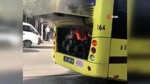 Alev alan halk otobüsü şoförünün zamanında müdahalesi ile söndürüldü