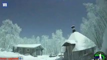 Quand une météorite traverse le ciel de Laponie de nuit... on se croirait en plein jour
